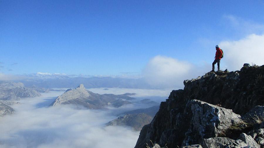 Valles y Cumbres - Montañismo